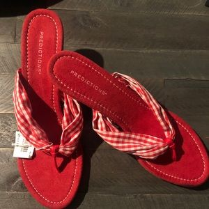 Predictions red sandal wedge